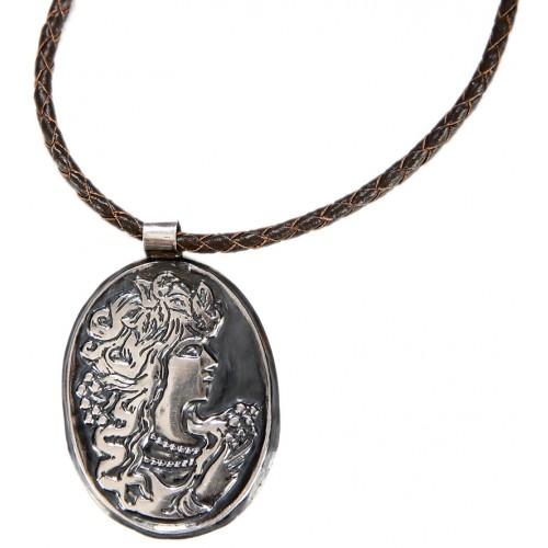 Dionysos Gümüş kolye