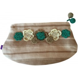 Kutnu Wallet - Elliptical, Flower Patterned Lacework