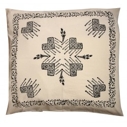 "Pillow Slip with ""Tokat Tassel"" Pattern"